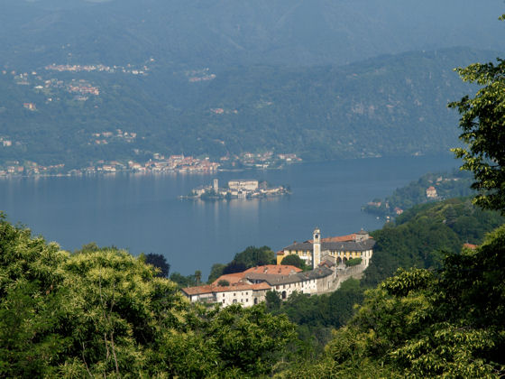 Lortallo from Monte Mesma (Walk 4 from Villa Gelsomina) - photo Mike Brown