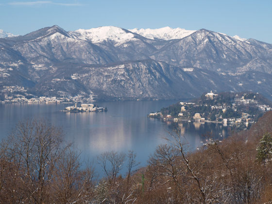 Isola San Giulio from Villa Gelsomina - December 2008
