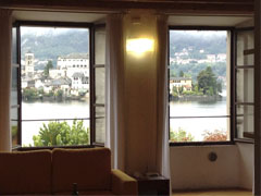 Giove and Venere: two stunning apartments in the main square of Orta San Giulio with awesome island view - each sleeps 4 to 6