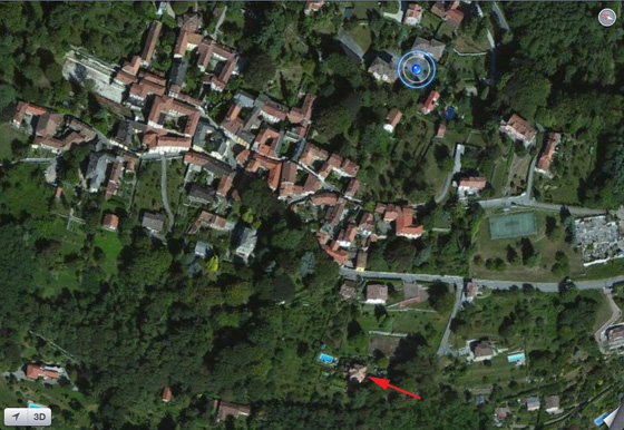Aerial view of Vacciago July 2012 (arrow marks Casa Miralago)