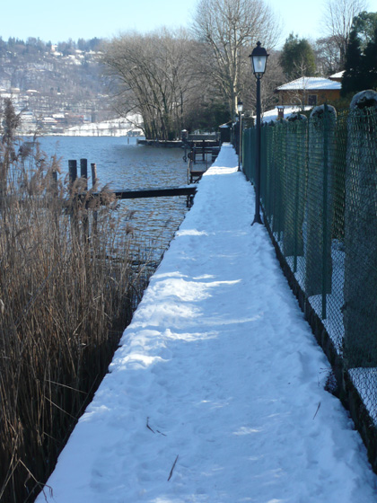 Path around the Orta Peninsular - great at all times of year! (taken 15/2/2012)
