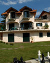 Ciao Italia! in Villa Gelsomina - great 2 bedroom apartment, very handy for pool, living room opens out onto great patio